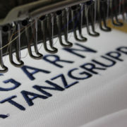 Hímzés cégeknek, céglogó hímzés, embléma hímzés, felirat hímzés